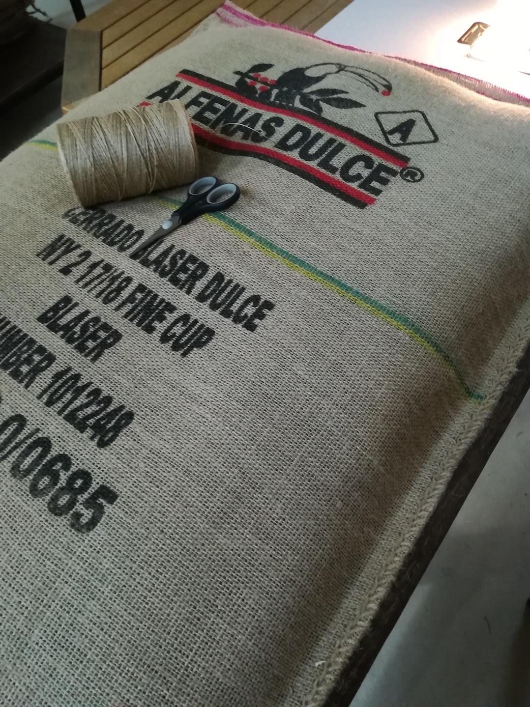 kaffeesaecke-jute-upcycling-aus-oesterreich-hundekissen-amigo.jpg